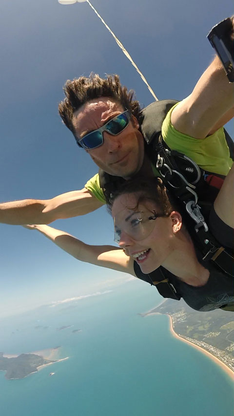 Skydiving over mission beach, dunk island and the family group